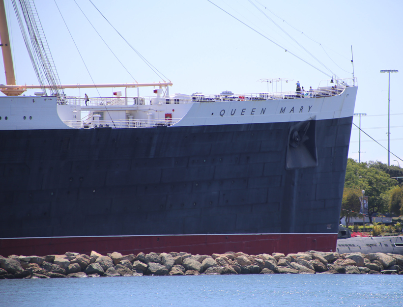 Queen Mary : )