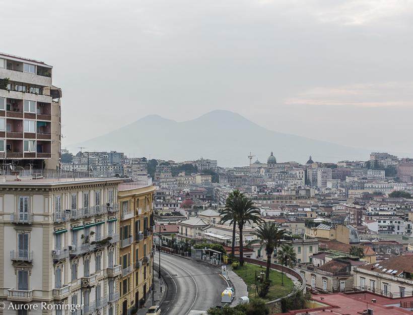 Surprise… Hot in Paris: Voyage à Naples (Trip to Napoli)