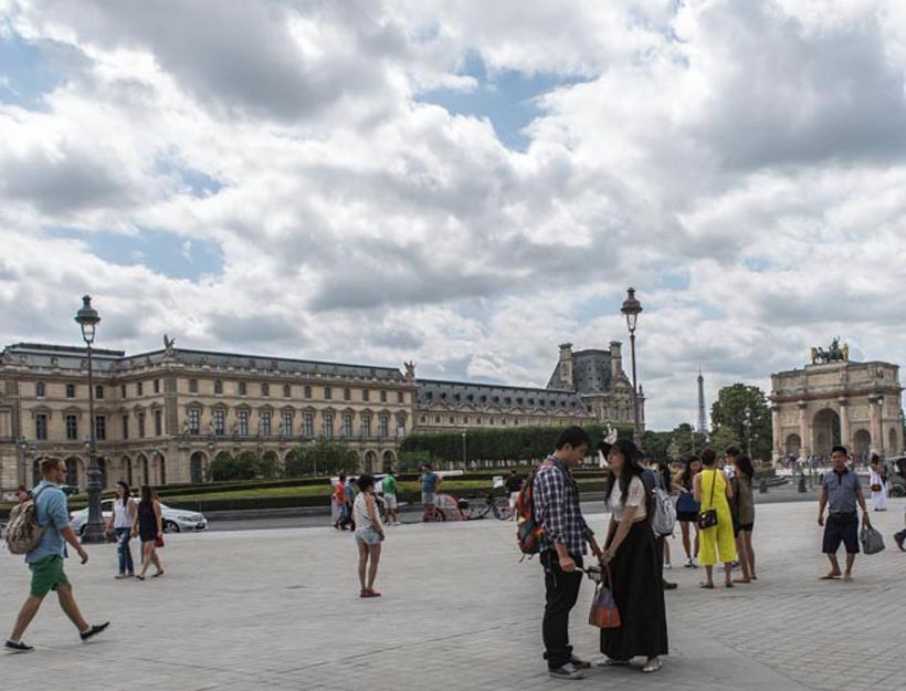 2015 Fête National de la France 14 juillet 1 arrondissement , Palais Royal – Musée du Louvre