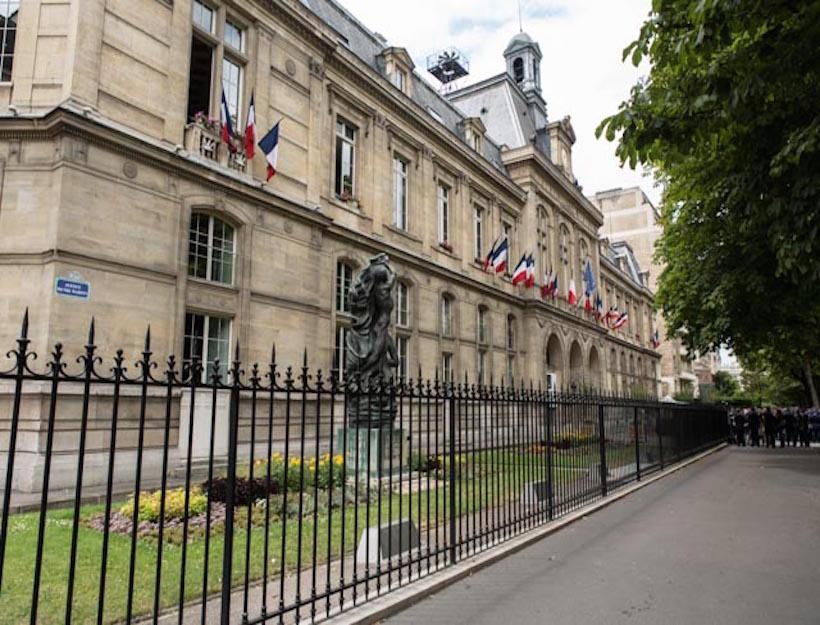 2015 Fête National de la France 14 juillet, 2015 ,Mairie du (city Hall) 16`emè arrondissement)
