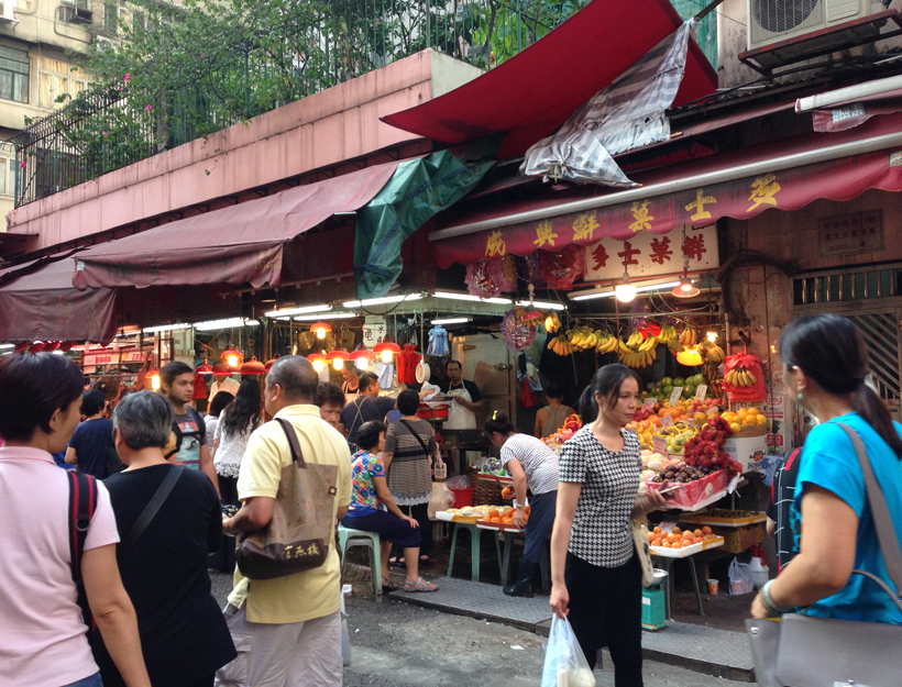 Exploring A Traditional Hong Kong Marketplace!