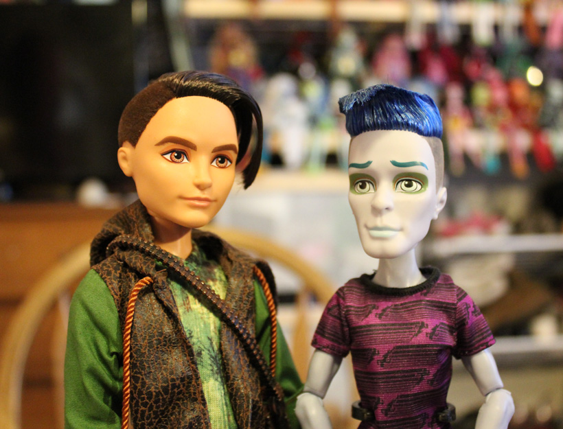 Hunter Huntsman and Slo Mo, Ever After High and Monster High