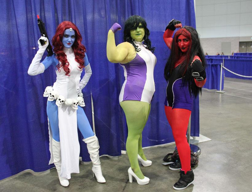 Wondercon 2016, L.A. Mystique, She Hulk, Red She Hulk cosplay