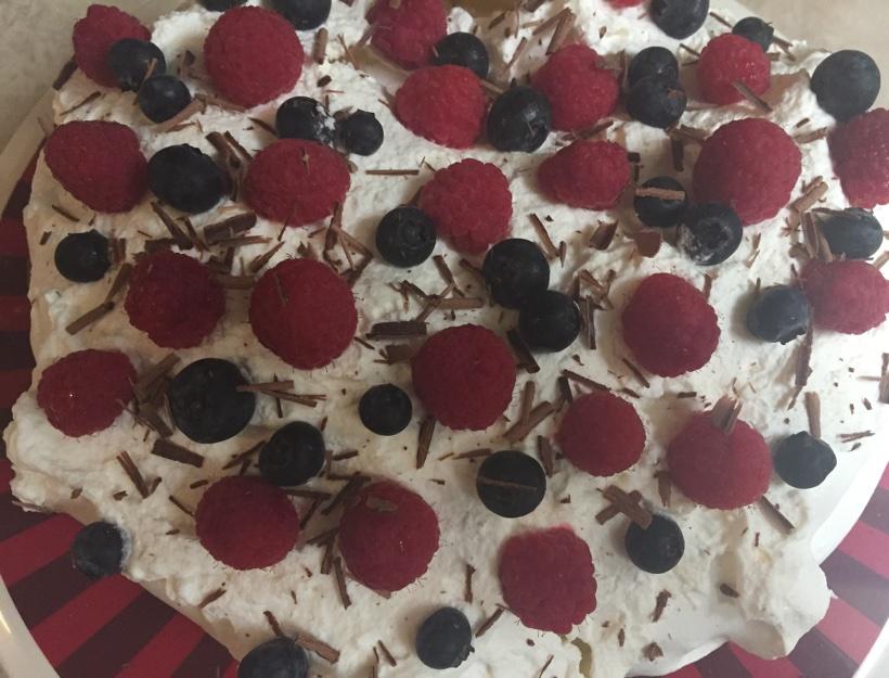 Kortni's Kitchen: Pavlova for Valentine's Day