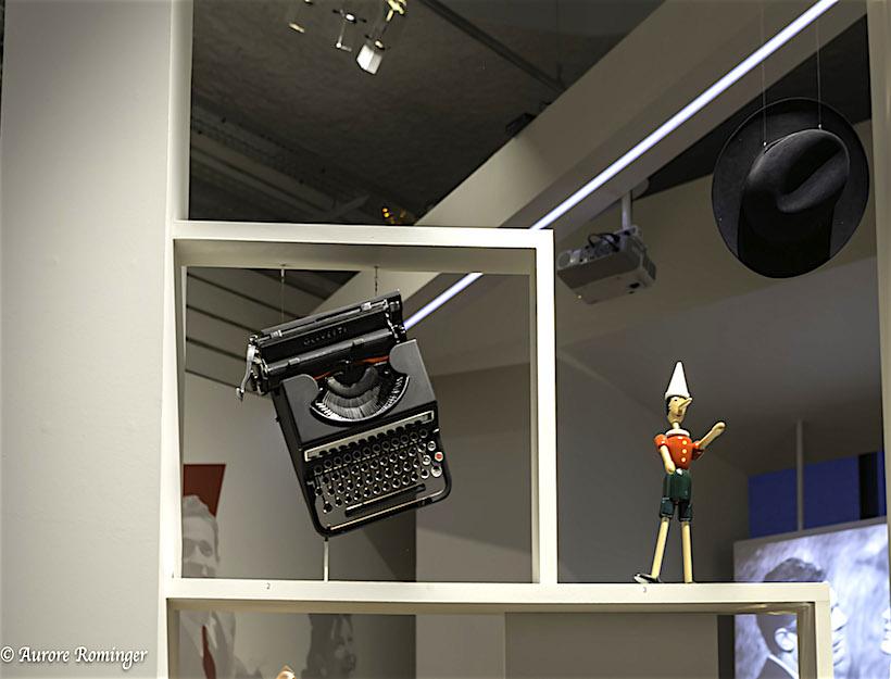typewriter, Pinocchio, fedora