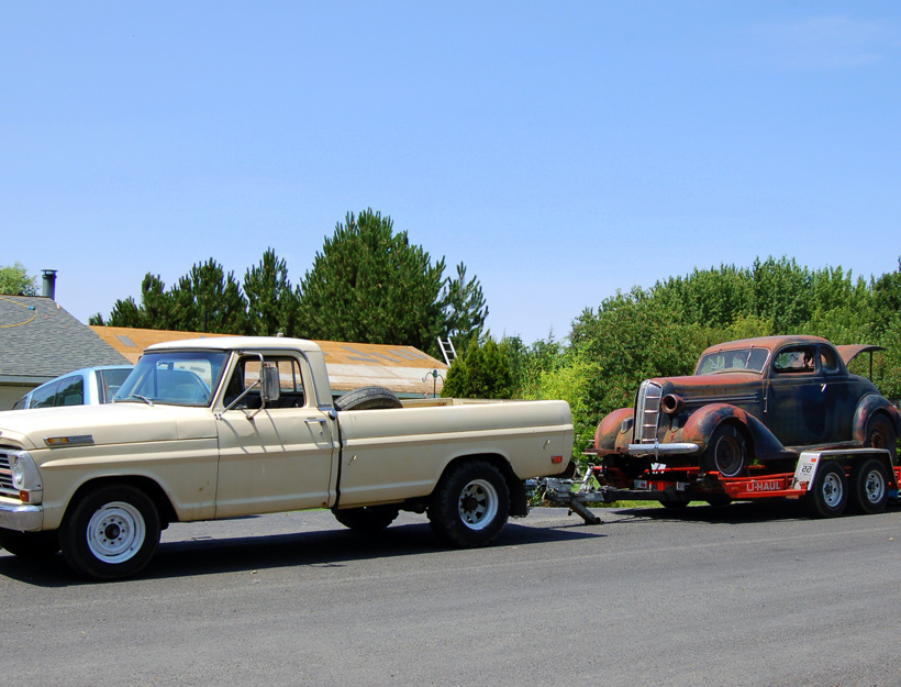 69 Ford Towing 36 Dodge