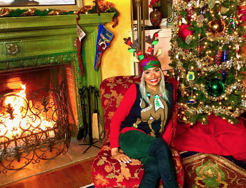 "Merry Christmas, from Linda ""Peaches"" Tavani!"
