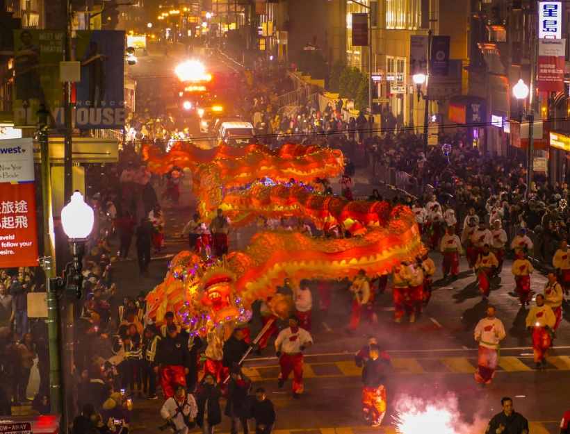 Golden Dragon and Firecracker Finale at the 2019 Lunar New Year Parade - Photo Credit: Lenore Chinn
